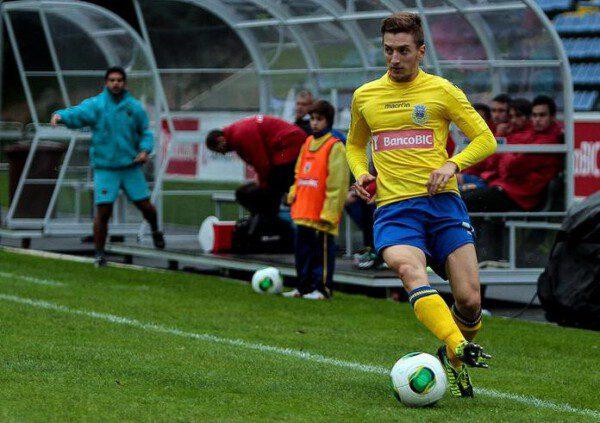 Iván Balliu es dueño y señor del lateral izquierdo del Arouca/ zerozero