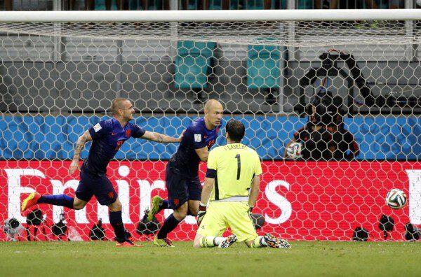 Iker Casillas, principal señalado por la derrota ante Holanda/ Pablo García