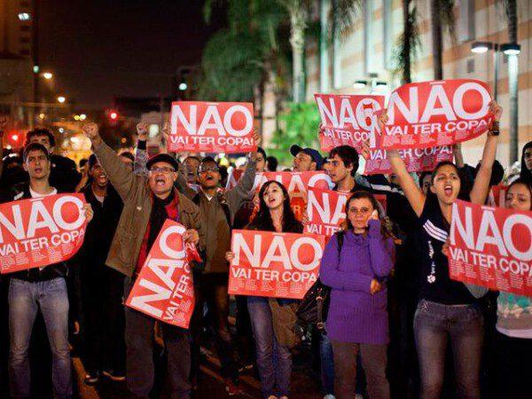 Incontables protestas en contra del mundial se suceden en Brasil/ EFE