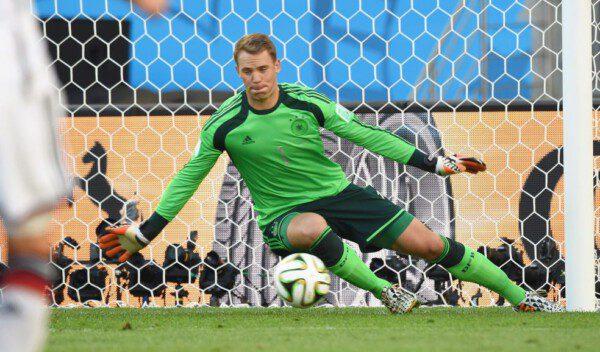 Manuel Neuer fue un seguro bajo palos/ EFE