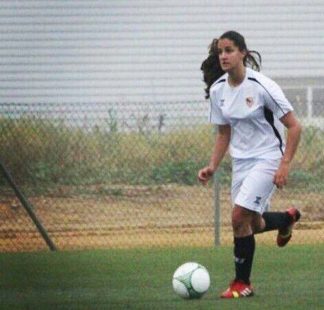 Lucía Ramírez se desempeña como central/ ES