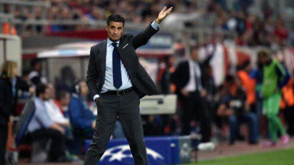 Míchel cesado inexplicablemente del Olympiakos/ AFP