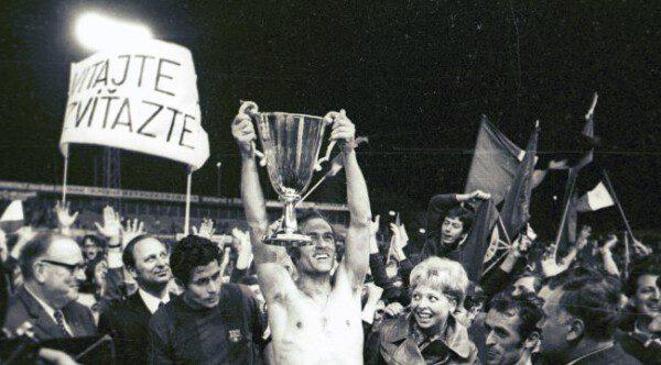 El Slovan Bratislava venció al Barcelona en la final de la Recopa/ Sport.cz