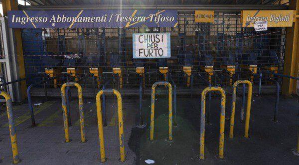 El Ennio Tardini 'cerrado por hurto'/ Reuters