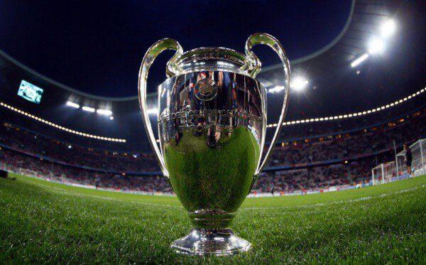 La Champions League ha mejorado sus 'premios' económicos/ EFE