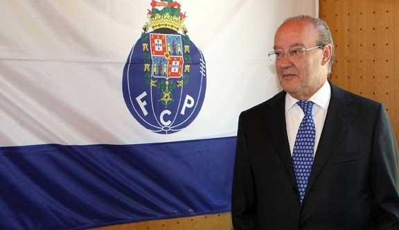 Se cumplen 33 años de la llegada de Pinto da Costa a la presidencia oportista/ EFE