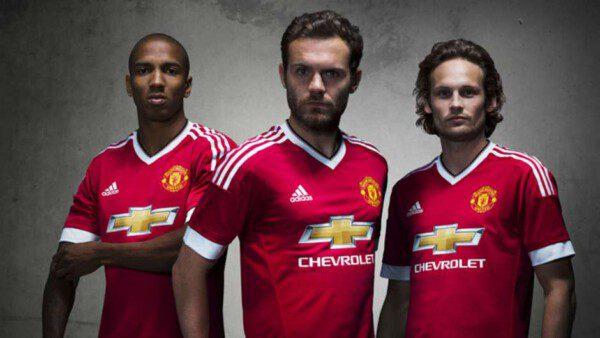 La camiseta del Manchester United la 'más cara' del mundo/ MUFC
