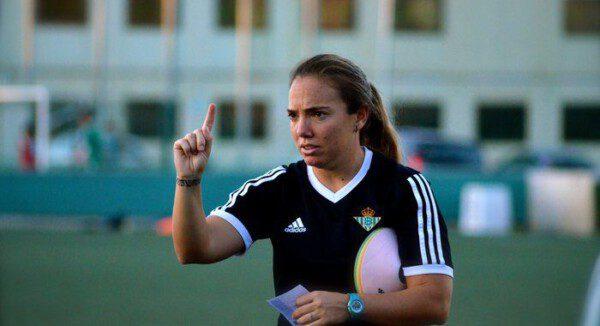 La entrenadora del Betis Femenino, María Pry aceptó la llamada de La Paradinha/ RBB