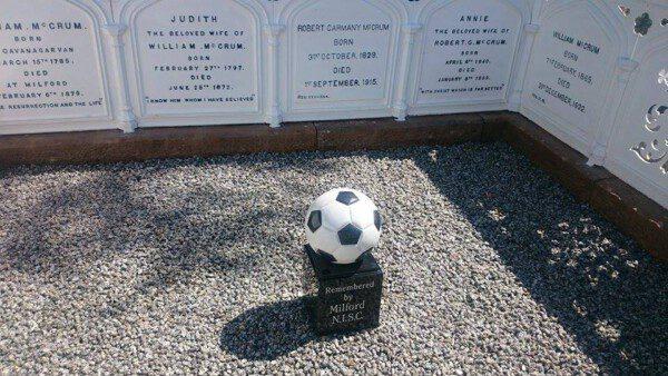 El monumento funerario a la familia McCrum/ Armagh I