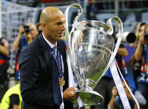 Finalmente Zinedine Zidane llevó al Real Madrid a la senda del triunfo / Reuters